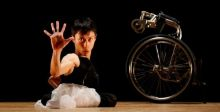 راقص ياباني على كرسي متحرك يستعد لاولمبياد طوكيو