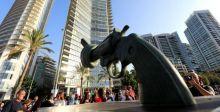 المسدس المعقود في بيروت كرمز للسلام