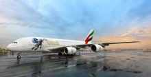ملصق دولة الإمارات في الفضاء على طائرة الإمارات A380